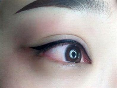 Hé lộ về phun mí mắt nai không phải ai cũng biết