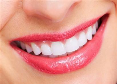 Tẩy thâm môi và những điều bạn cần biết