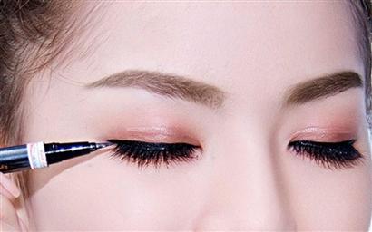 Phun tán bột lông mày tại Thái Bình – Bí quyết để có gương mặt ưa nhìn